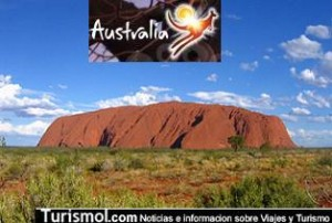 Australia prohibiría el ascenso de turistas al monolito sagrado Uluru o Ayers Rock 1