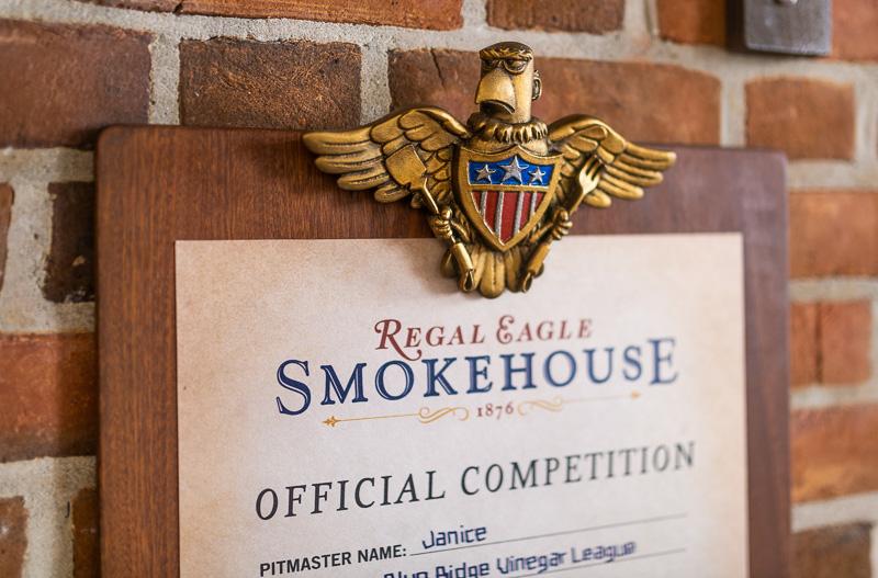 Regal Eagle Smokehouse: una revisión de todos los alimentos, pero principalmente de carnes de barbacoa 1