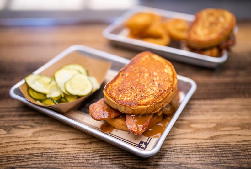 Regal Eagle Smokehouse: una revisión de todos los alimentos, pero principalmente de carnes de barbacoa 11