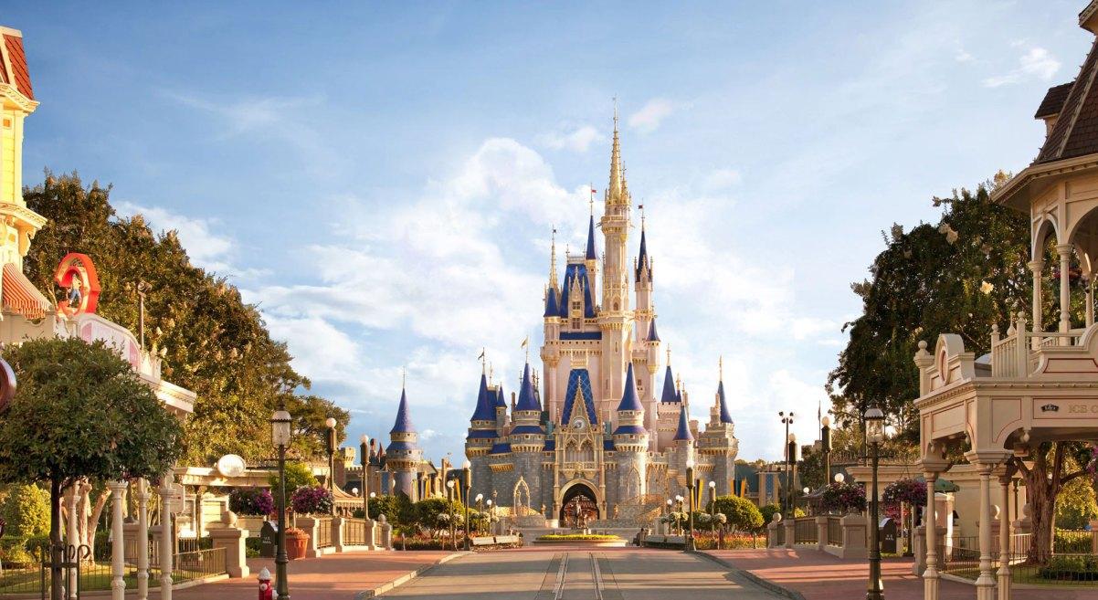 ¡Cambio de imagen real para el Castillo de Cenicienta en Disney World! 1