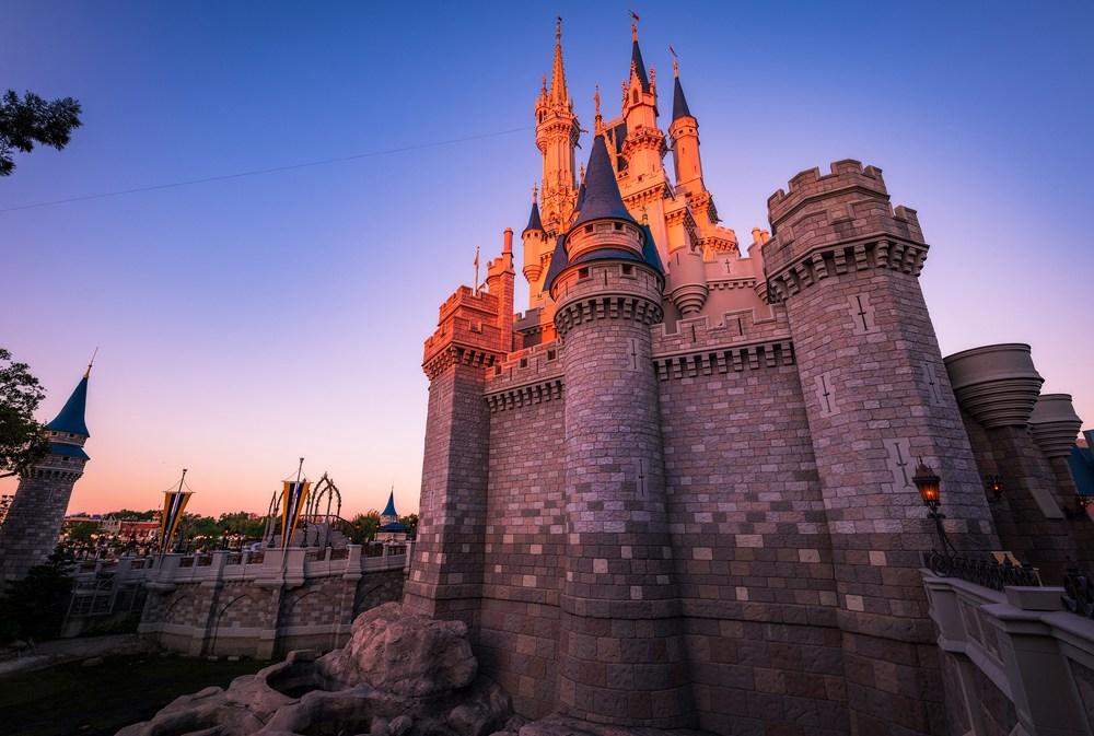 ¡Cambio de imagen real para el Castillo de Cenicienta en Disney World! 11