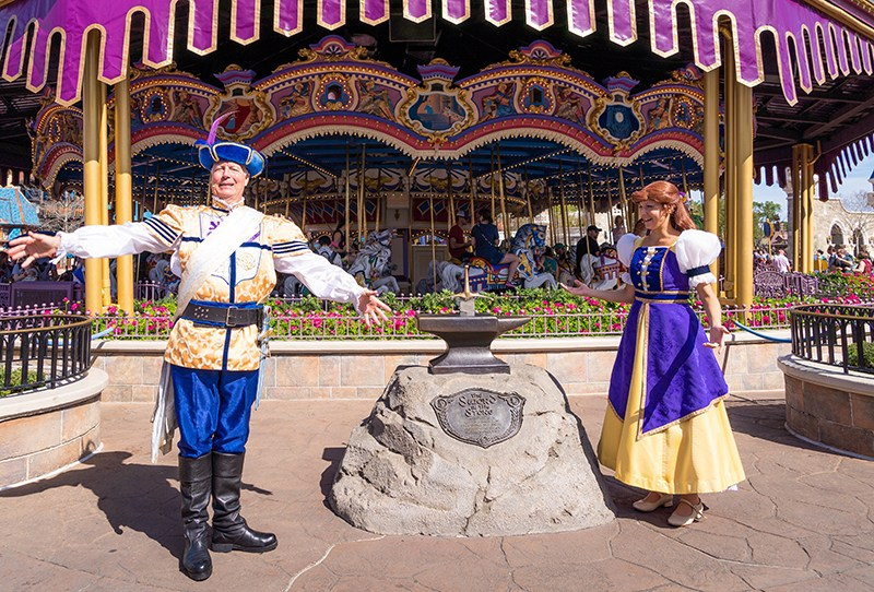 Disney World invierte millones en la moral del elenco 3