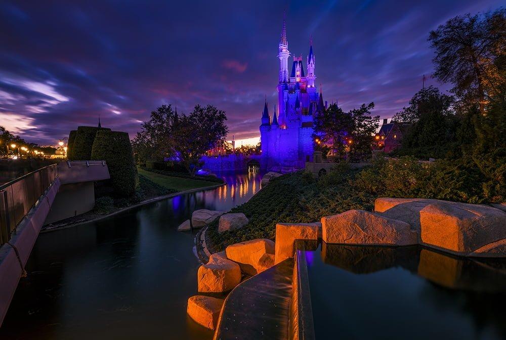 Los pedidos de quedarse en casa extienden efectivamente el cierre de Disney World 1