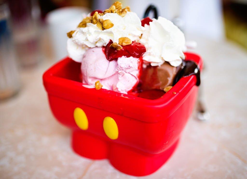 mickey-mouse-shorts-fregadero-de-cocina-helado-walt-disney-world